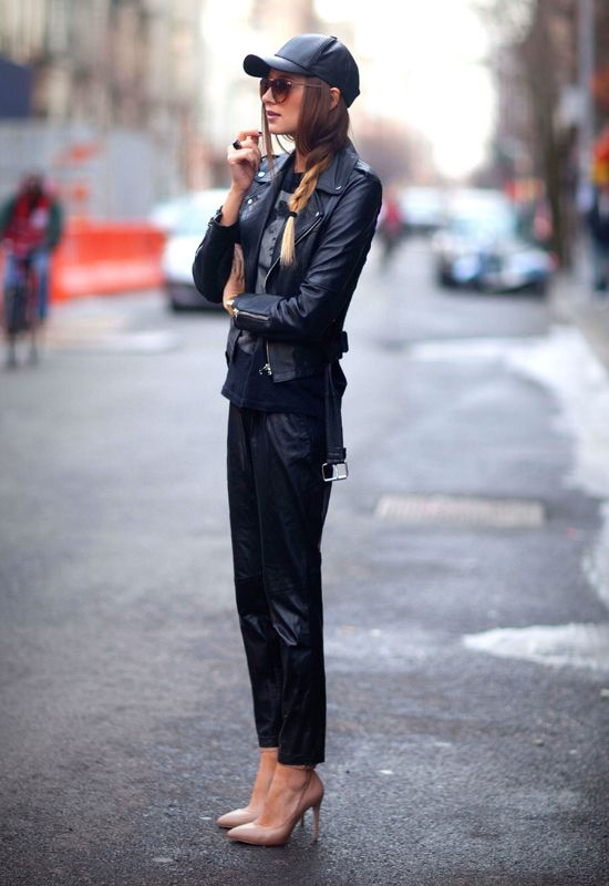 svart läder baseball keps helt svart outfit