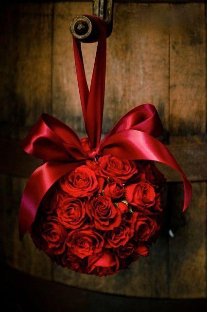 40 heta röda valentin för heminredning |  DigsDigs |  Röda rosor, röda.