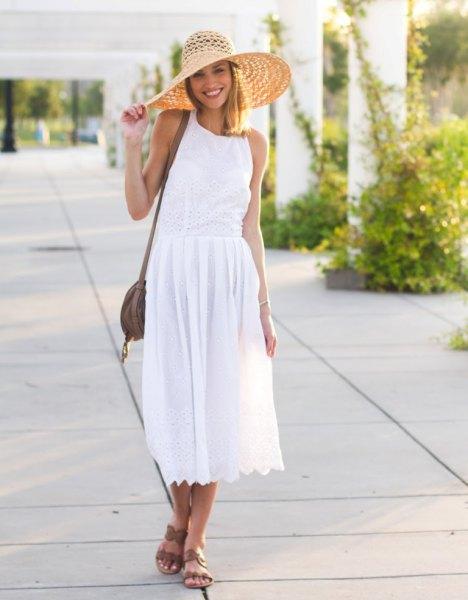 vit luftig midiklänning