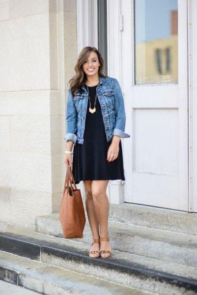 svart jeansjacka med skiftklänning