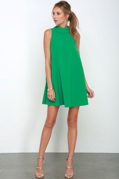 olivgrön luftig miniklänningdräkt