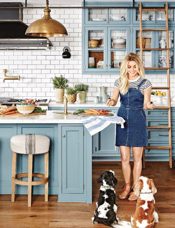 50 blå designdesigner för kök    Härliga dekorationer med blått.
