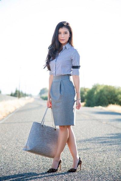 mörkblå och vit pinstripe skjorta grå penna kjol