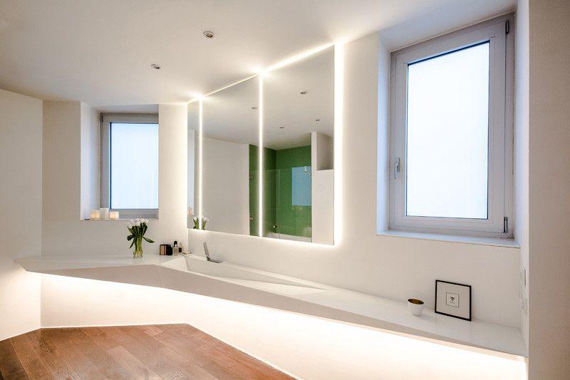 Detta kantiga badrum inspirerades av isformen.