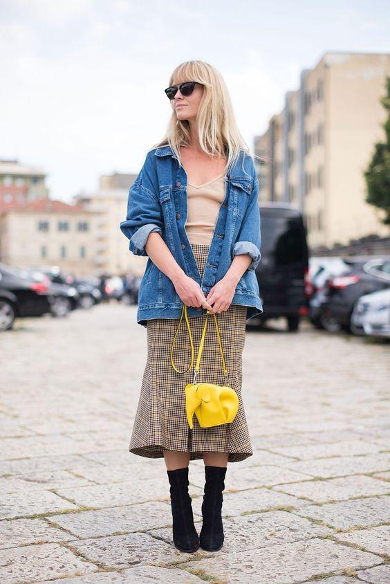Jeansjacka med gul rutig kjol
