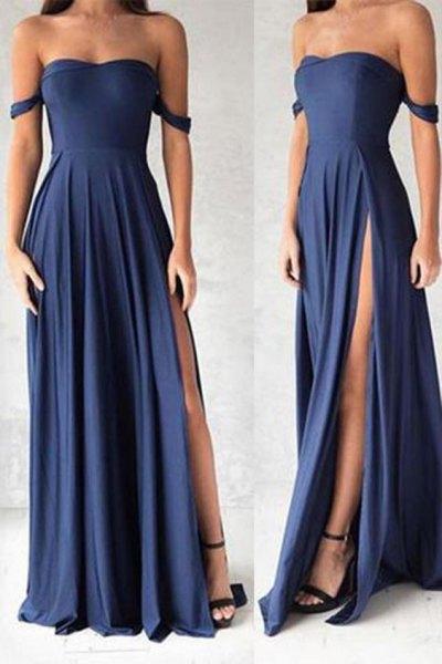 Fit och flare maxi marinblå klänning med svarta klackar med öppen tå