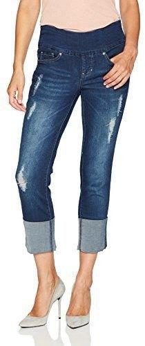 Ljusrosa linne med mörkblå pull-on jeans