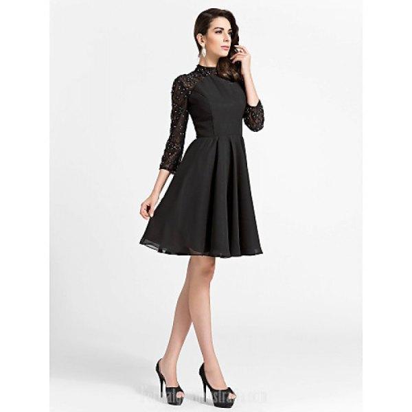 svart skaterklänning med spetsärmar