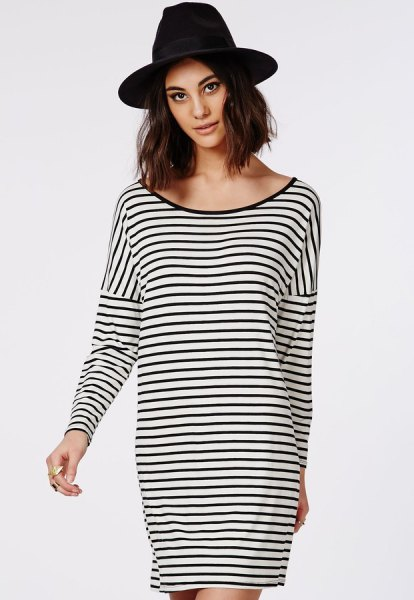 svart och vit randig överdimensionerad långärmad t-shirt med scoop hals