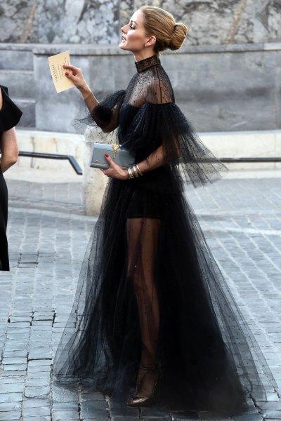 halvtransparent svart maxi chiffongklänning