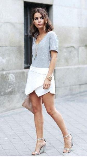 vitt skortgrått t-shirthalsband