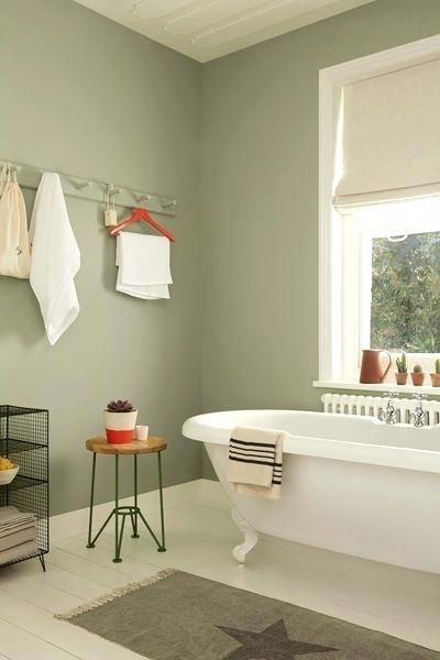 salvia grönt badrum    Grön badrumsdekor, Ljusgröna badrum.