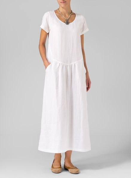 vit kortärmad linne maxiklänning