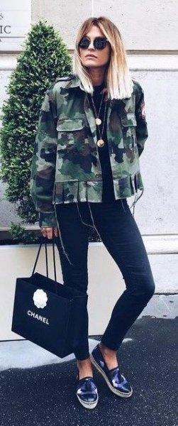 svart skinny jeans camo jacka