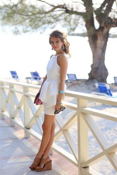 vit klänning naken sandaler