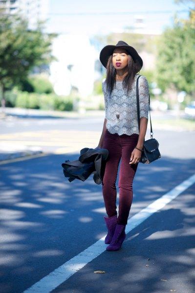svarta leggings vit spets topp outfit