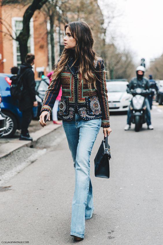 broderade jeans med klockbotten