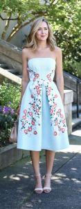 Trädgårdsfestklänning elegant