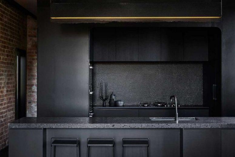 Modernt industriellt hem med en humörig färgpalett - DigsDi