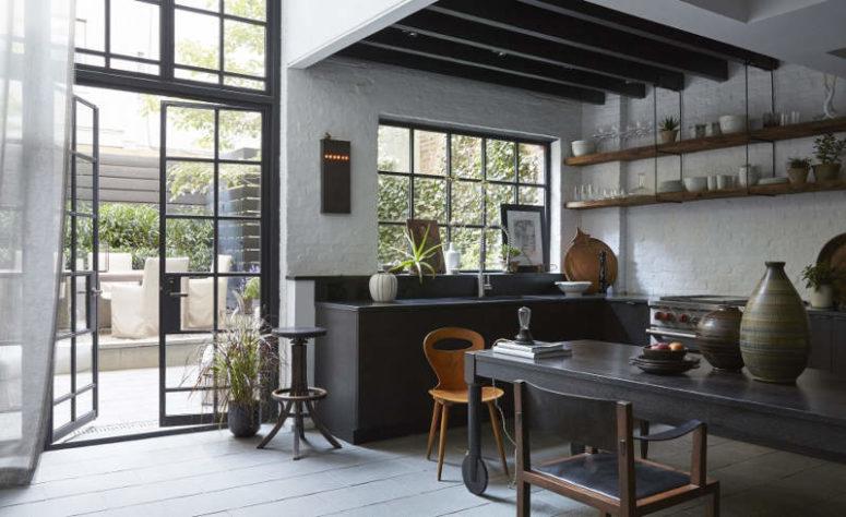 Moody Industrial möter Vintage Kitchen Design - DigsDi