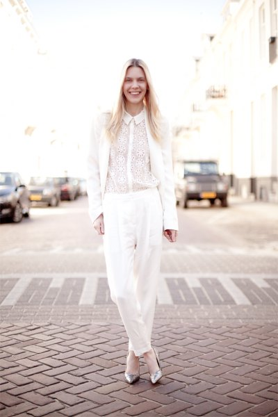silver glittrande klackar helt vit outfit