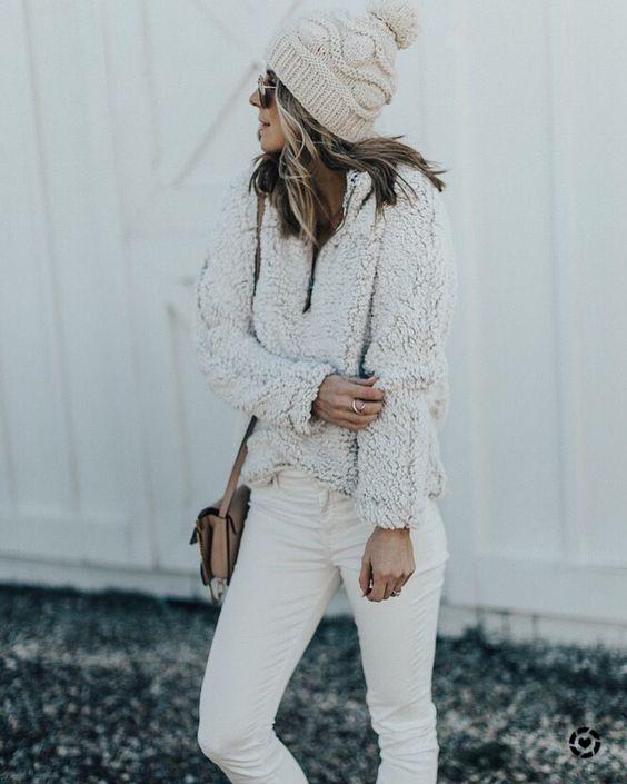 Hel vit fleece tröja