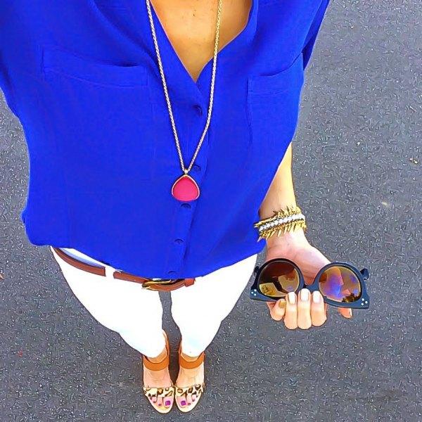 Kungsblå skjorta vita skinny jeans