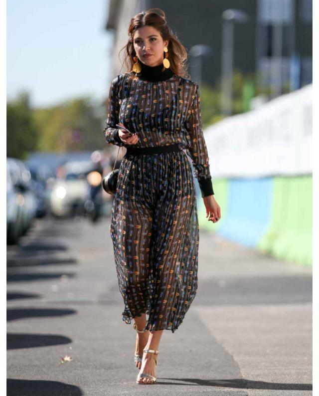 svart mesh klänning lång