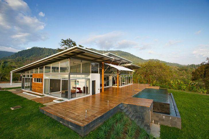 Breezy Casa Mecano anpassar sig till sin tropiska miljö i Costa.