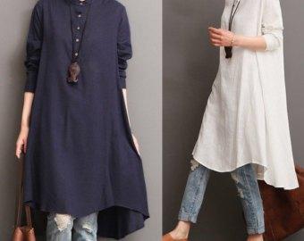 vit midikunikblus i linne med blå tvättade jeans