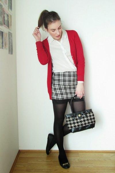 svart och vit pläd bodycon mini kjol röd kofta