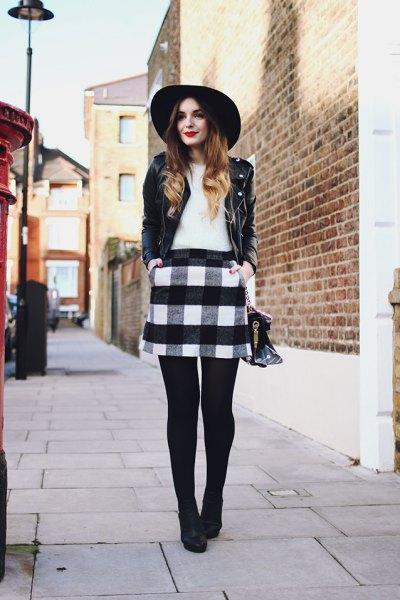 Läderjacka filt hatt outfit