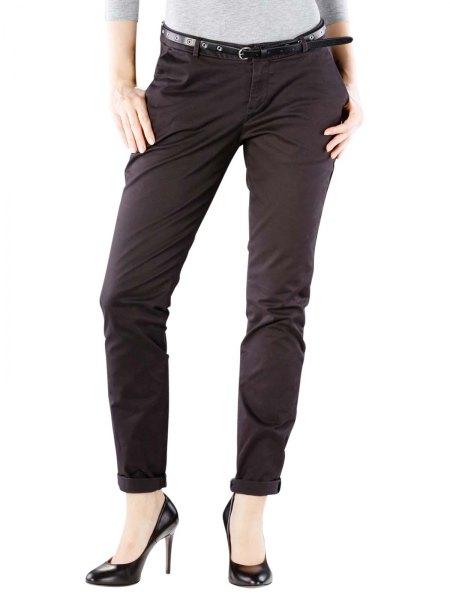 ljusgrå, figurkramande långärmad T-shirt med svarta chinos