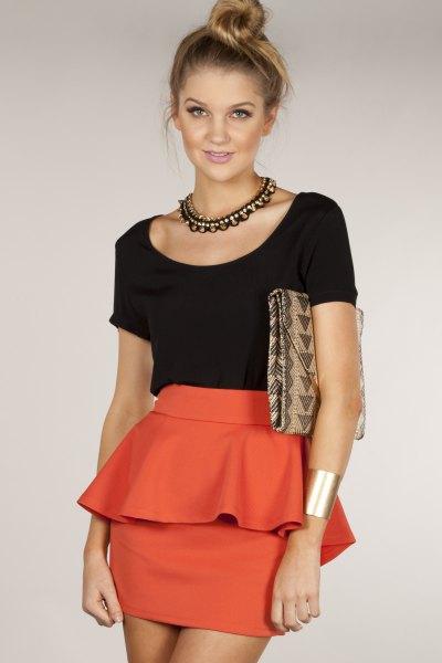 svart t-shirt orange bodycon mini peplum kjol