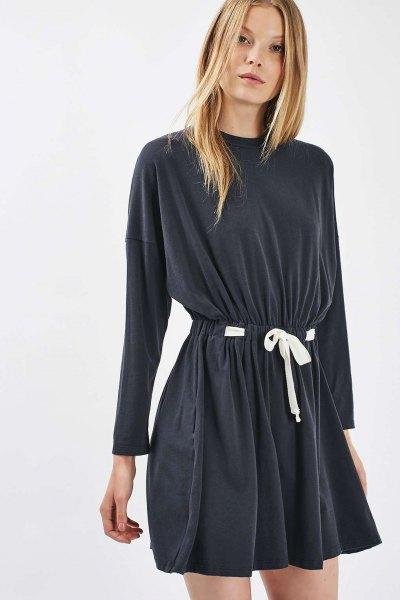 grå batwing flare miniklänning med bälte