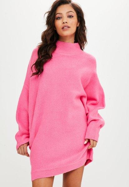 chockerande rosa batwing tröja klänning med en hånad halsringning