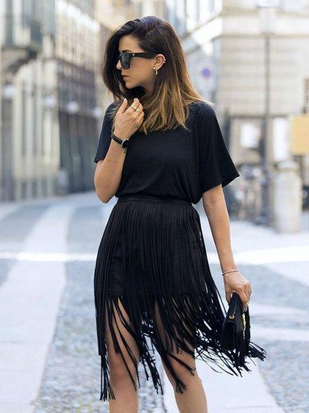 svart miniklänning med rynkad midja
