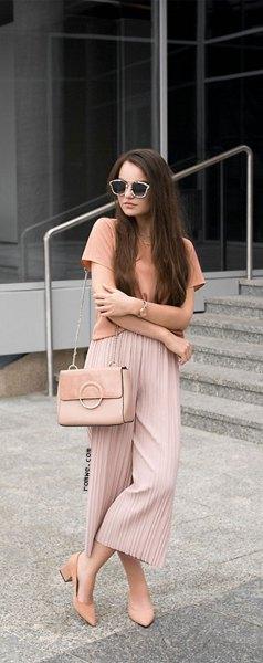 rosa t-shirt ljusrosa palazzobyxor