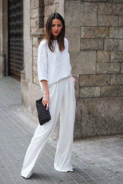 vita byxor trekvart ärm tjock tröja