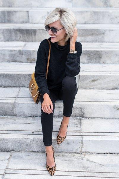 svart tröja med matchande skinny jeans