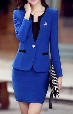 Kungsblå slim fit kostymjacka med matchande figurkramande minikjol
