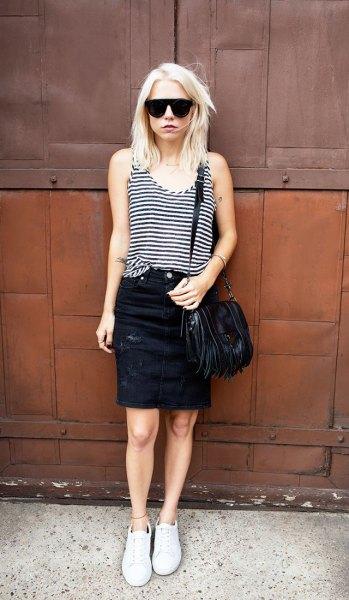 svart och grå randig väst topp med svart denim mini kjol