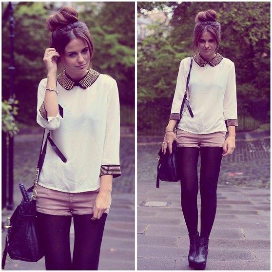 mörk lila leggings vit blus grå shorts