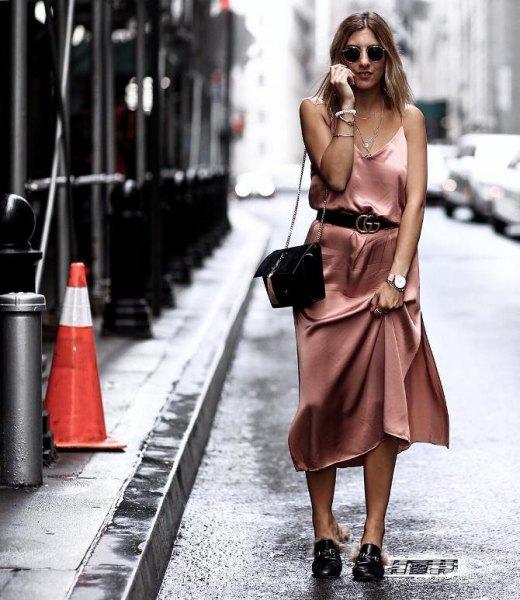 Midi sidenklänning med rosaguldbälte