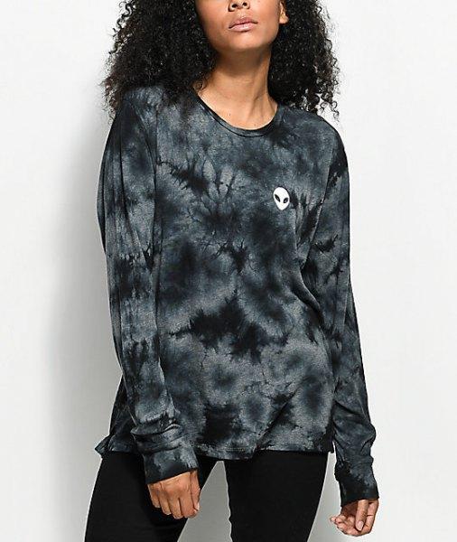 Tie dye långärmad t-shirt med svarta skinny jeans