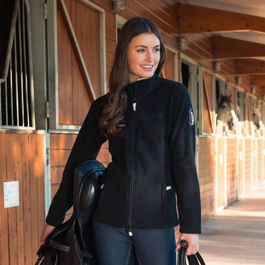 svart jacka skinny jeans outfit