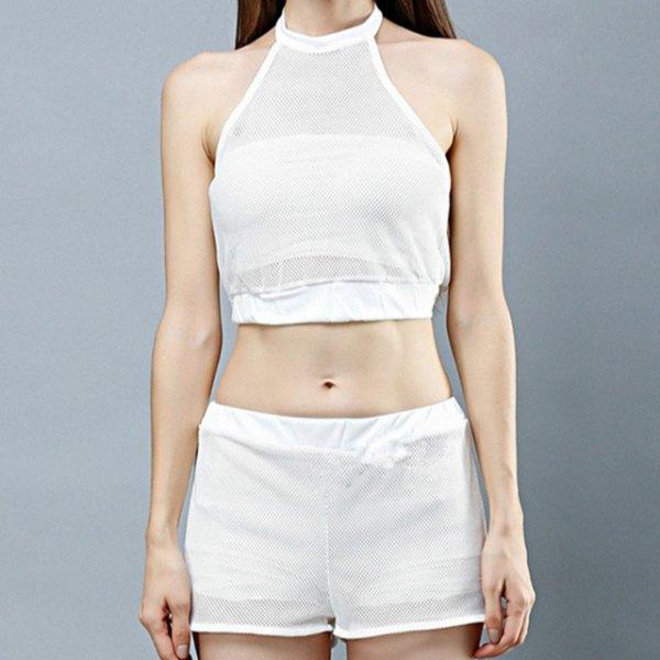 vit, kort halterneck topp med mini mesh shorts