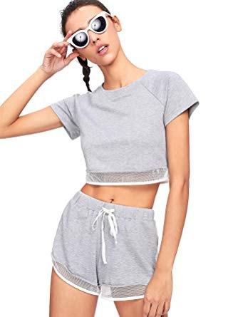 grå kort t-shirt med mini mesh bomullshorts