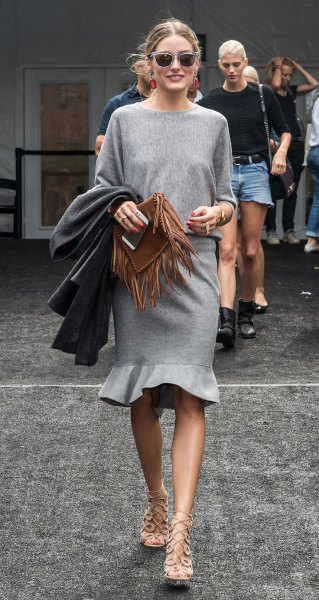 grå ull kjol stickad tröja