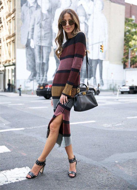 Stickad tröja klänning ränder